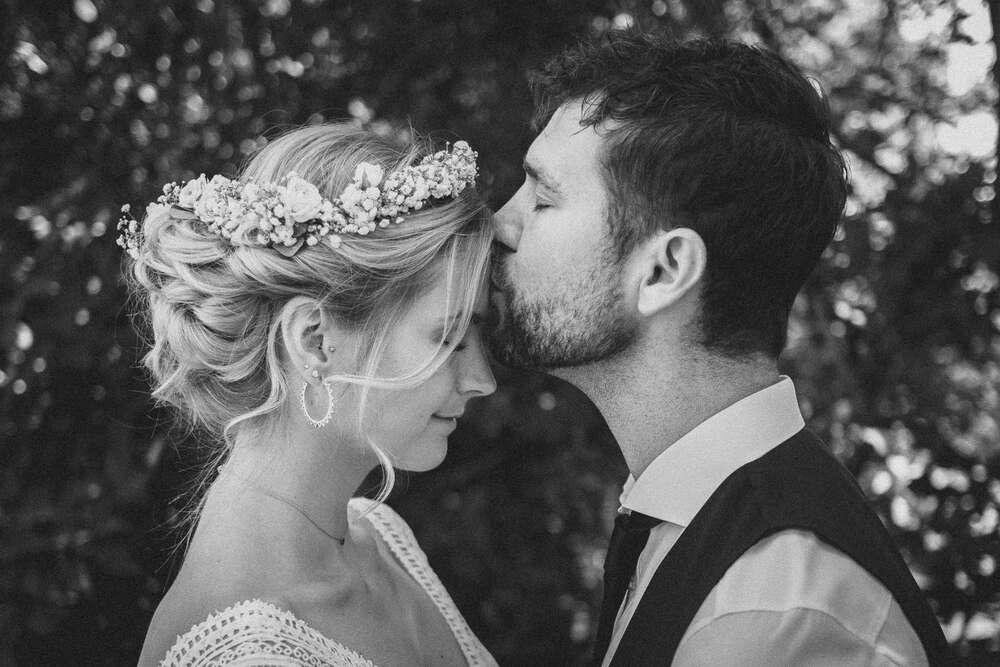 Der Kuss auf die Stirn - nichts als Liebe (Christian Freier)